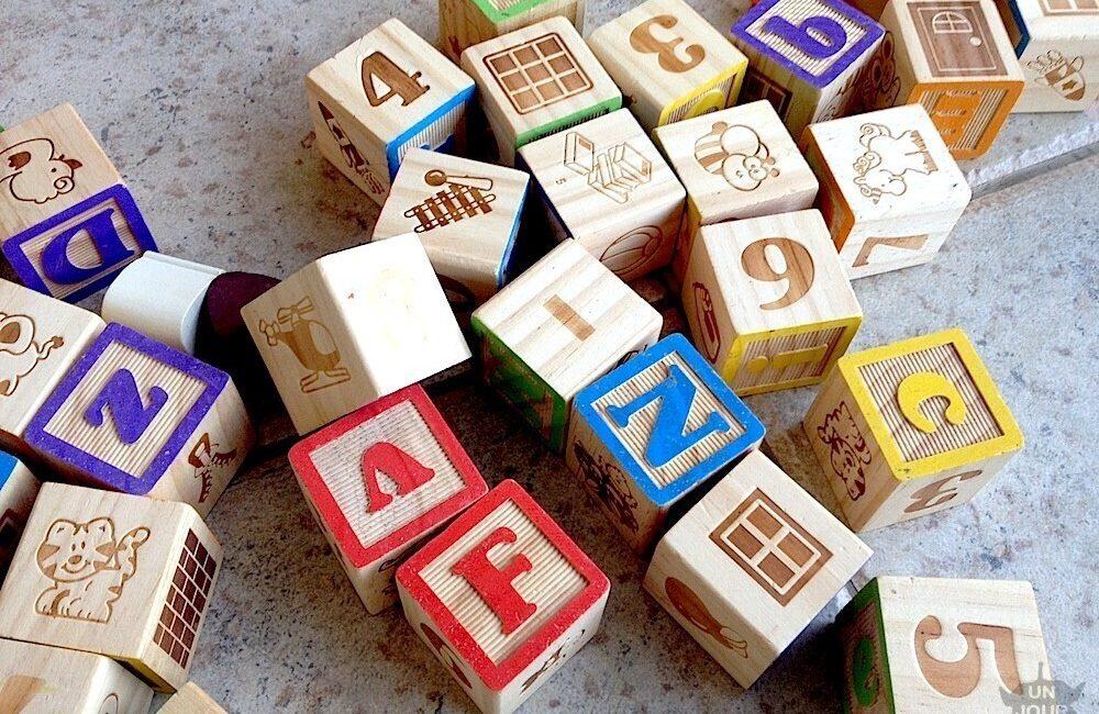 cubes en bois abc