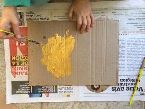 carton doré peinture