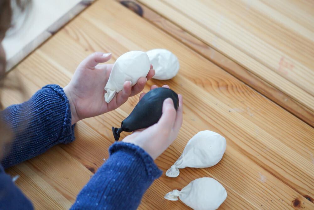 DIY de ballons sensoriels pour les enfants, printable et reconnaisance