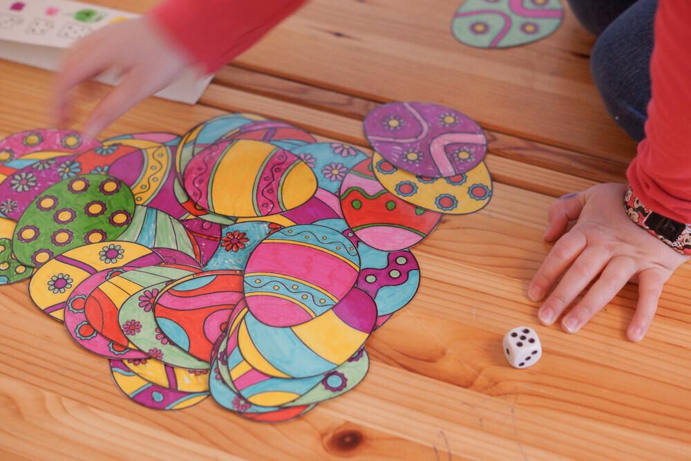 jeux de pâques diy, puzzle et jeux de dés