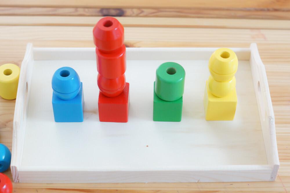 4 idées d'activités sur le tri des couleurs. Type montessori
