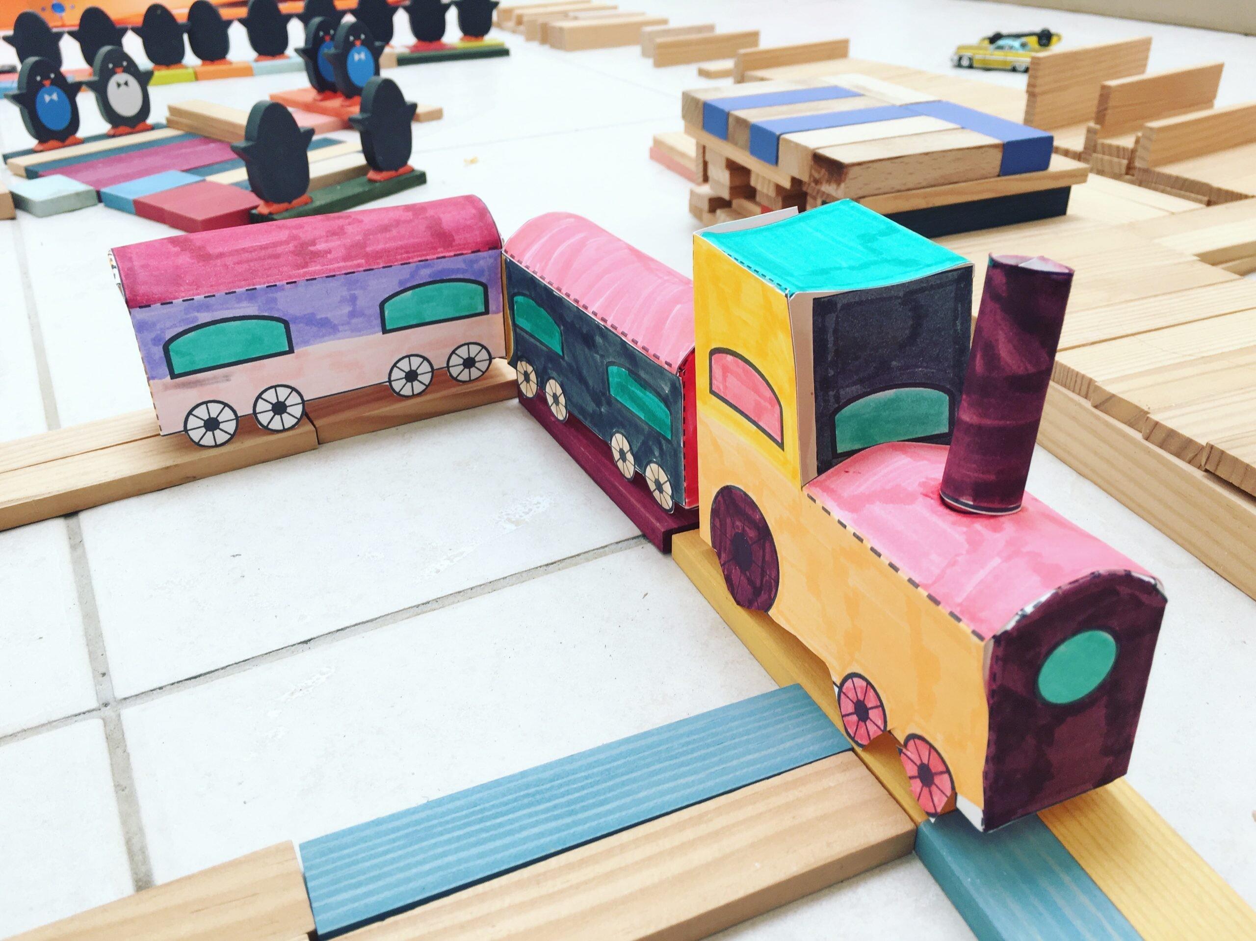 Train en papier à fabriquer