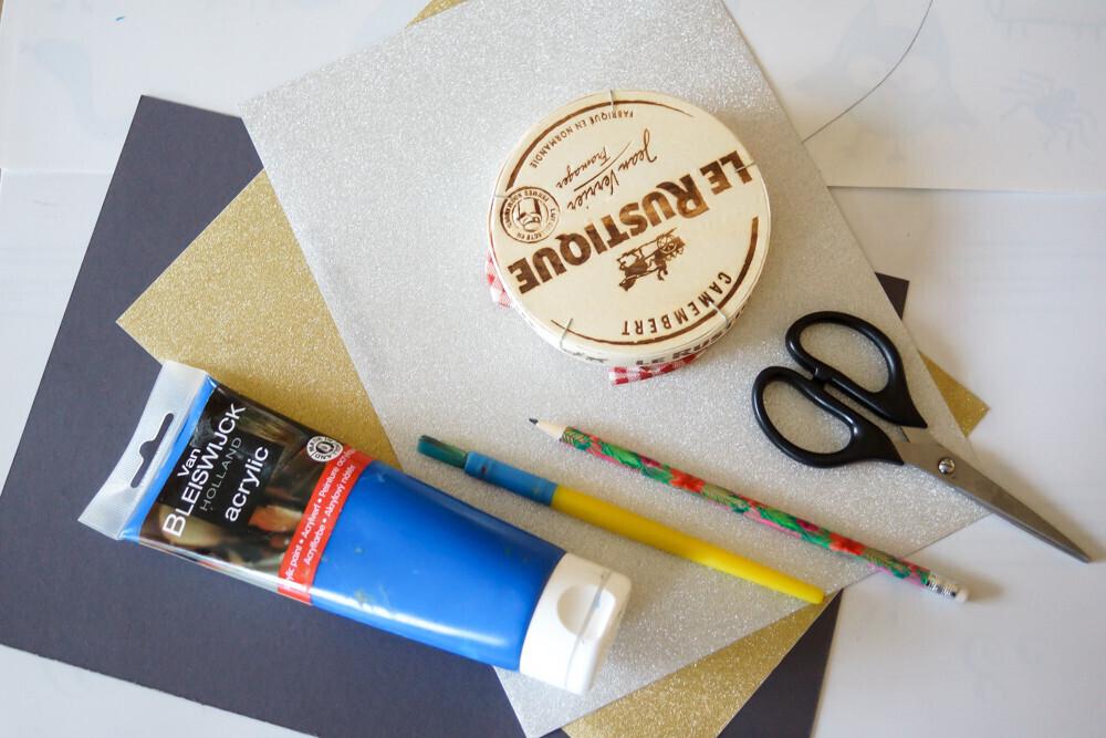 Activité manuelle sur le thème de Noël, recycler une boite de camembert pour créer un tableau. recyclage, DIY, christmas, enfant, activité, Un jour un jeu