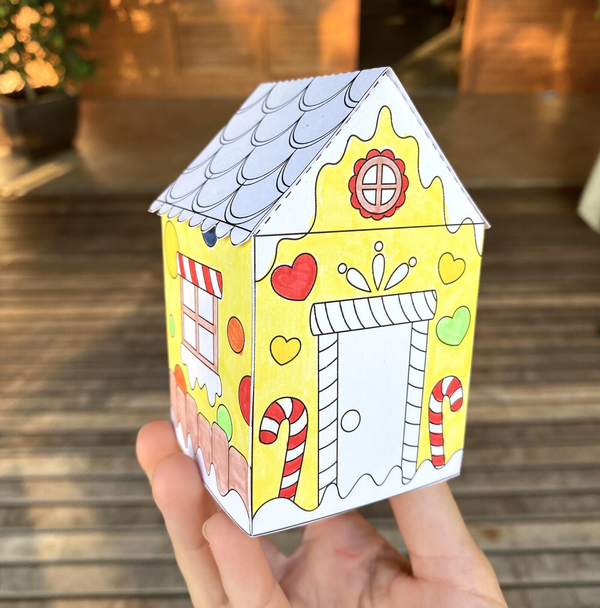Ma petite maison de Noël à colorier