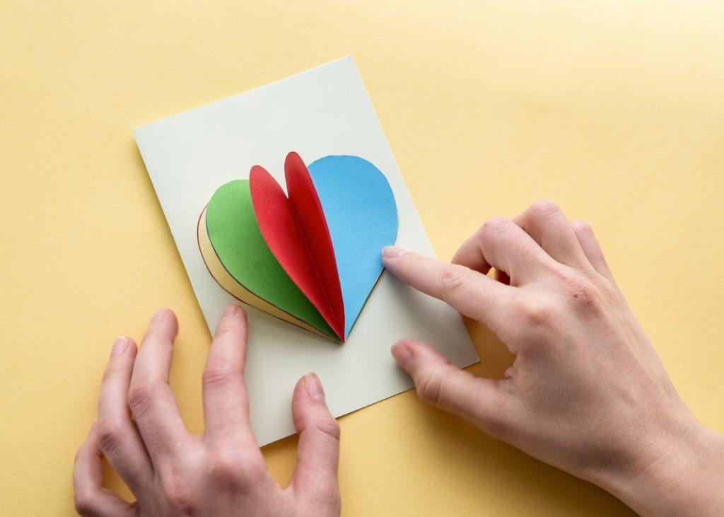Carte cœur relief - étape 6