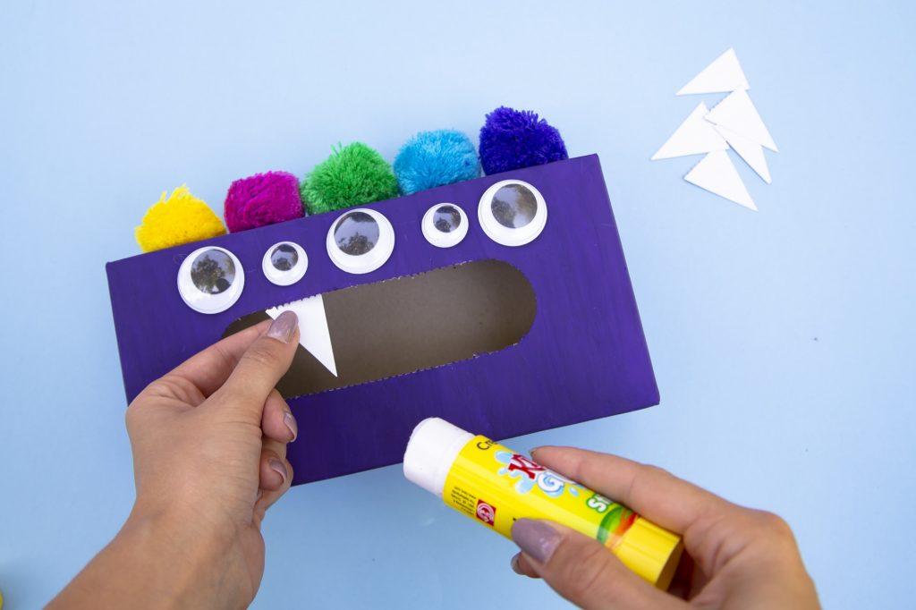 Boîte monstre mange émotions - étape 5