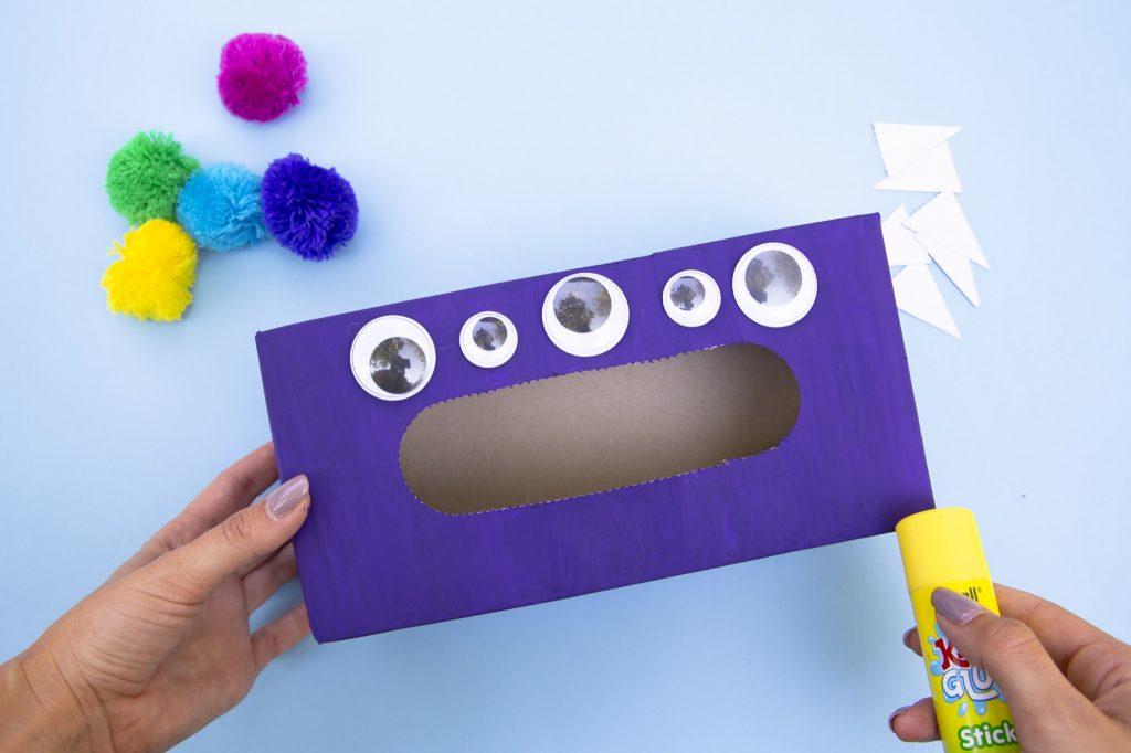 Boîte monstre mange émotions - étape 3
