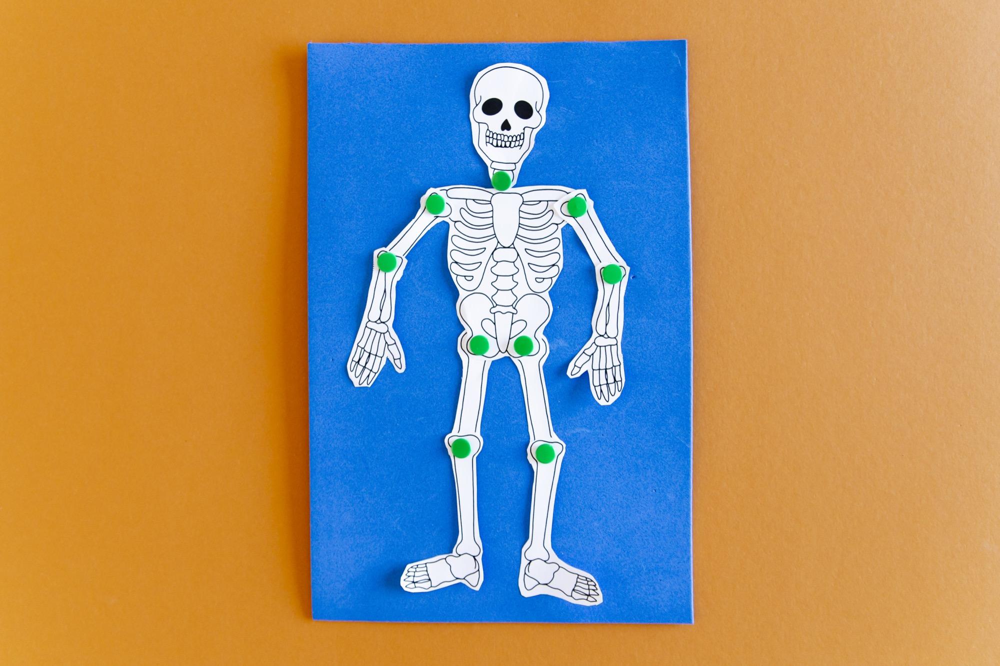 Mon squelette à faire danser - étape 4